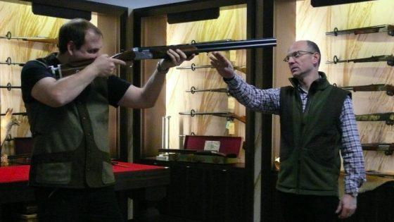 Inspektion der Jagdwaffe bei Klett