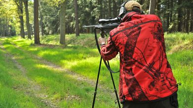 ShooterKing Mossy Red Softshell Jagdjacke im Einsatz